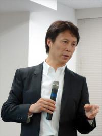 小林弘幸先生 便秘外来7年待ち